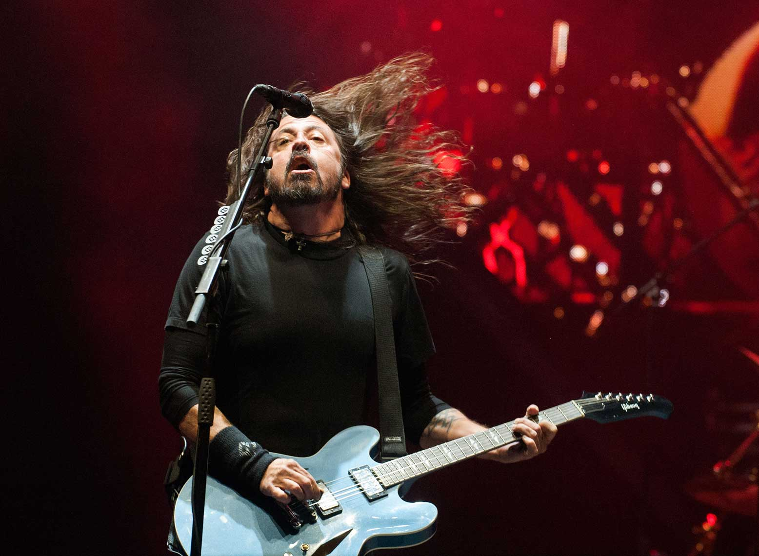 Foo-Fighters-David-Grohl-at-Voodoo-fest