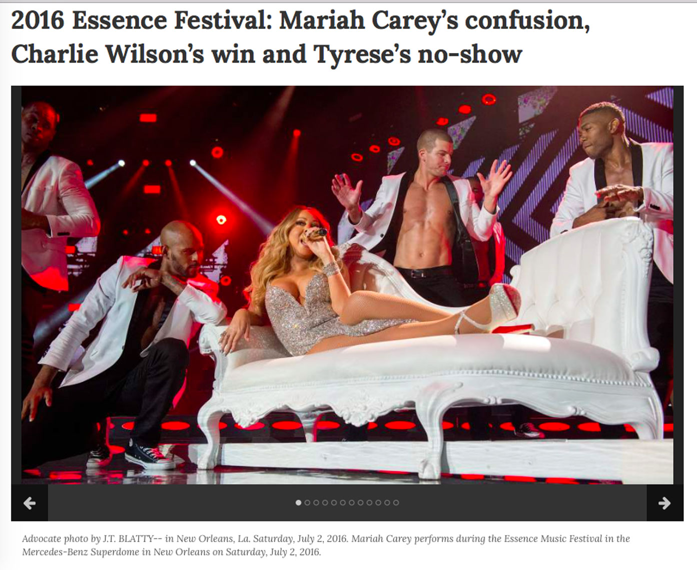 Mariah-Carey-carried-onto-stage-2016