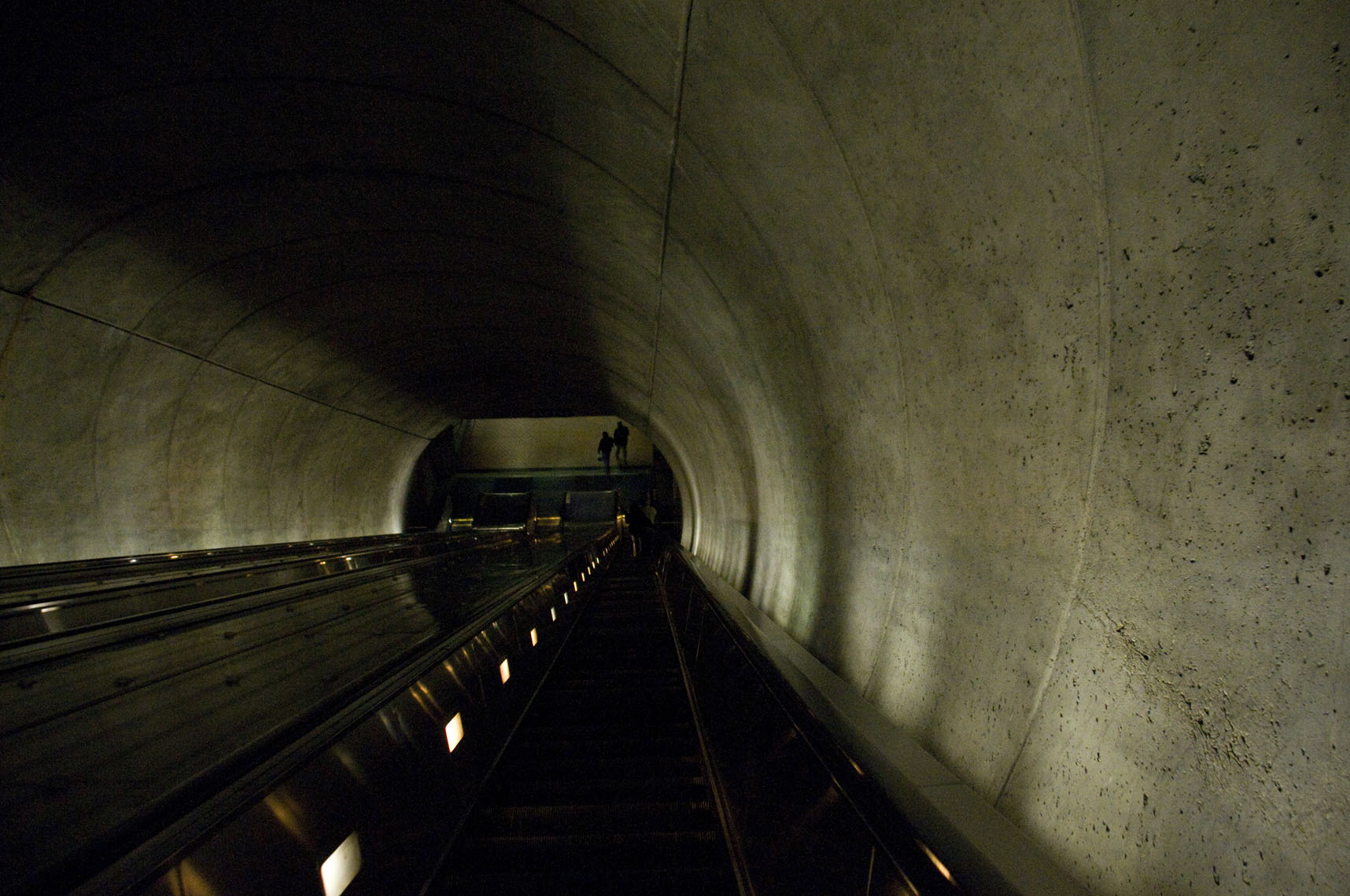 abtract-of-dc-metro-depths