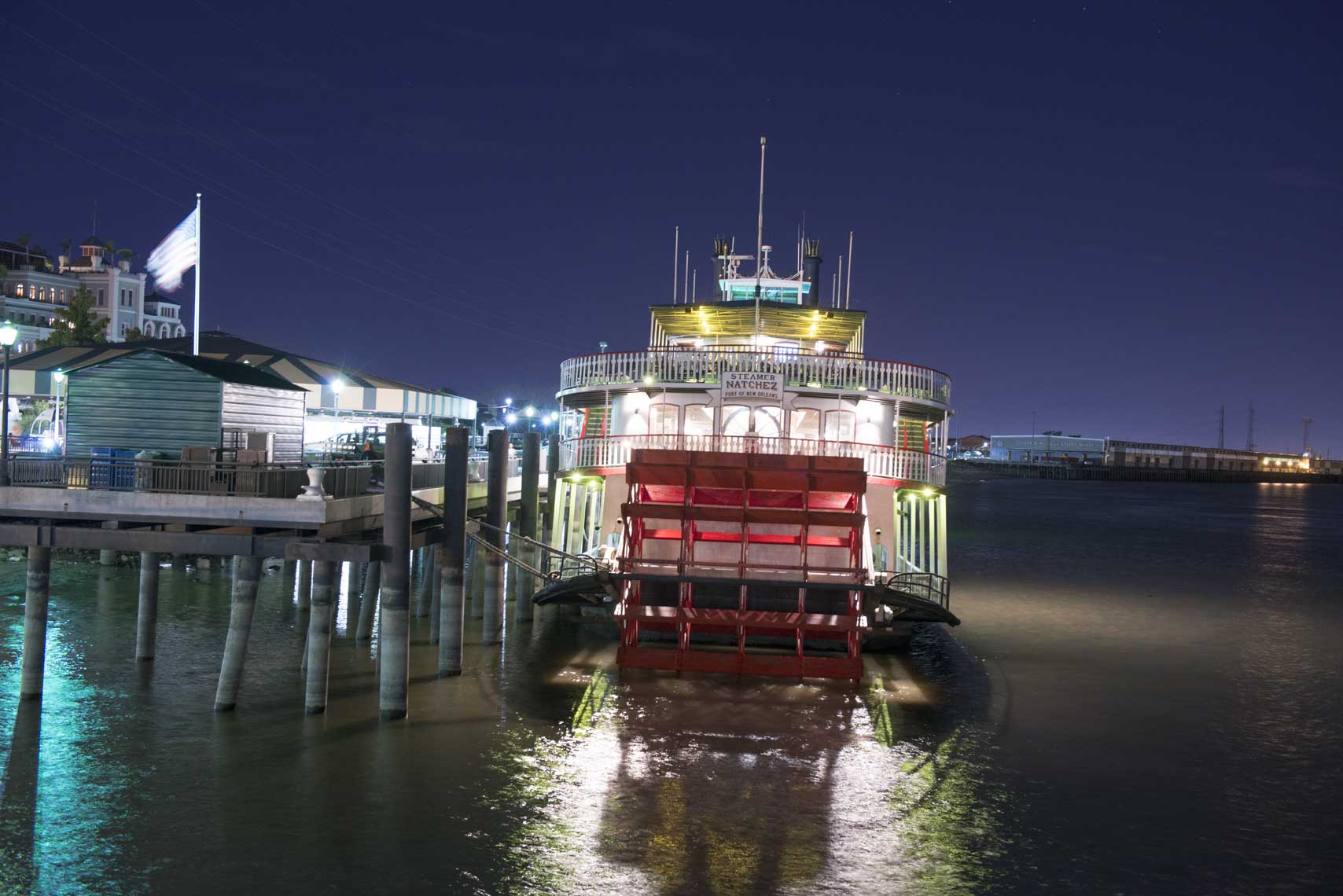 ferry-at-night-in-new-orleans
