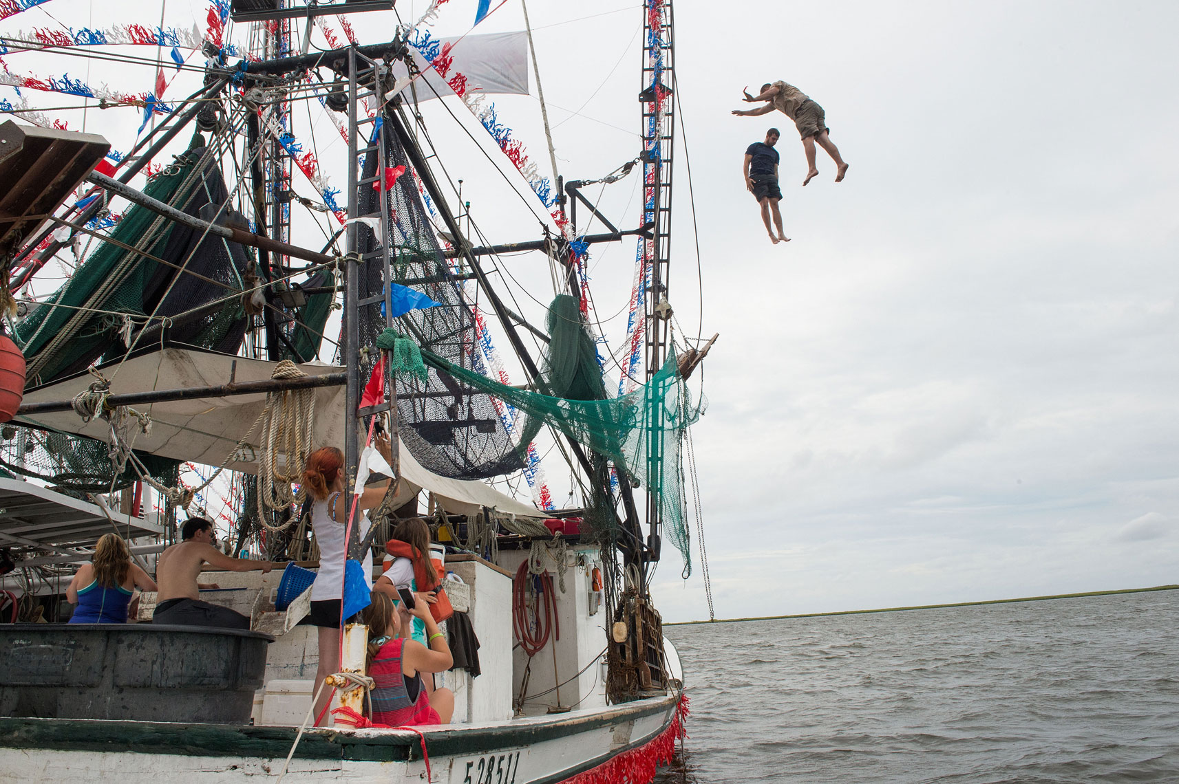 jumping-off-a-trawler